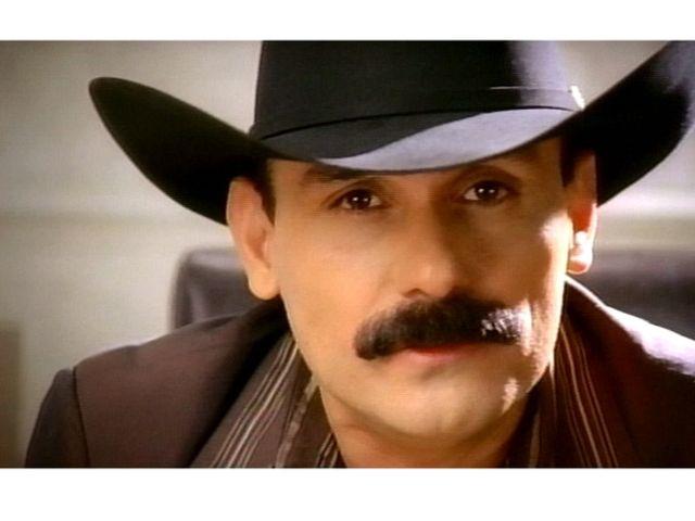 """El Chapo de Sinaloa se encuentra """"Cada Vez Más Fuerte""""."""